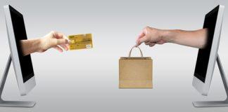 kupowanie ubrań w Internecie