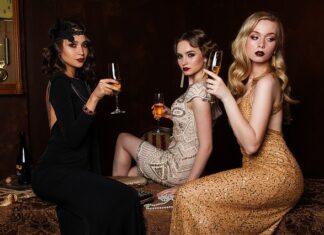 sukienka koktajlowa - na jakie okazje się ją zakłada?