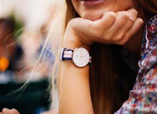 Damski zegarek może zastąpić biżuterię